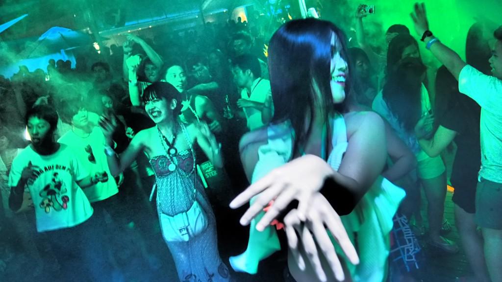 第4回セブ島ビーチパーティ!!1,200人超えでセブ島のエンタメを変えたい!!