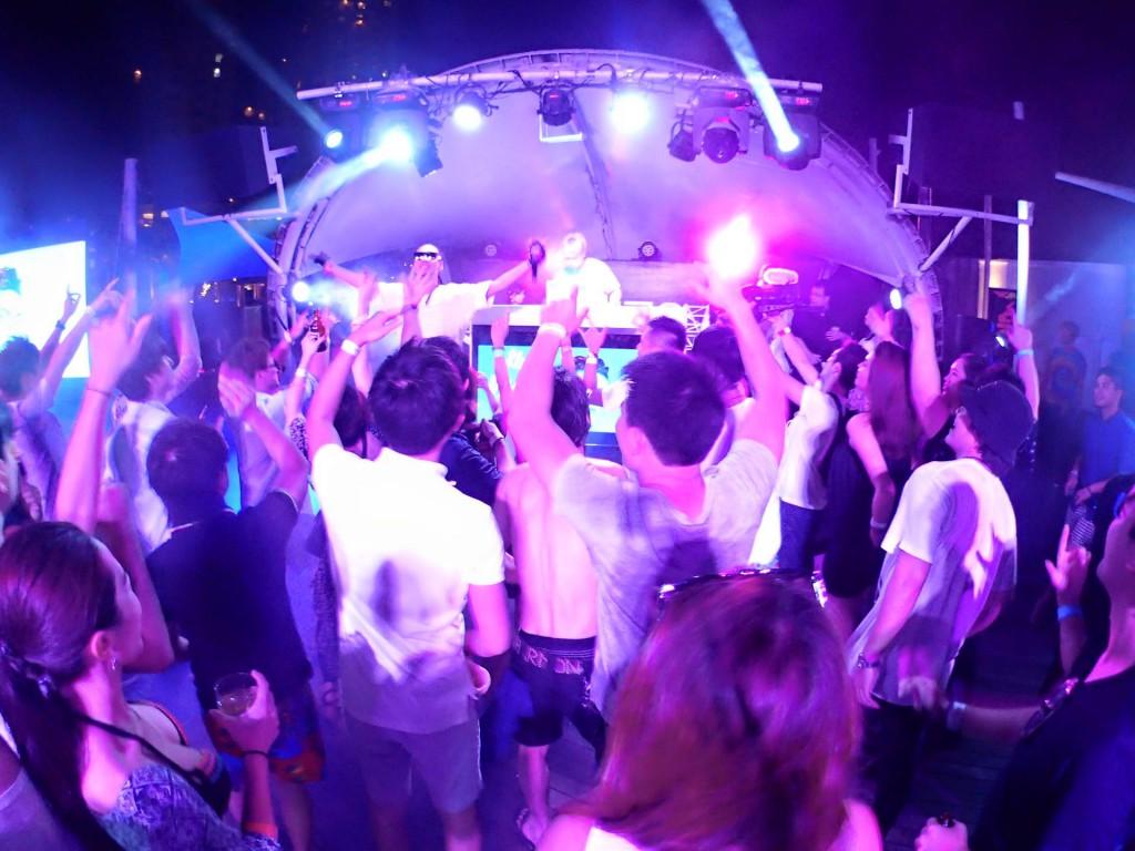セブ島が一年で一番盛り上がる夜!第6回セブ島ビーチパーティー(Electro beach festival in Cebu Vol.6)
