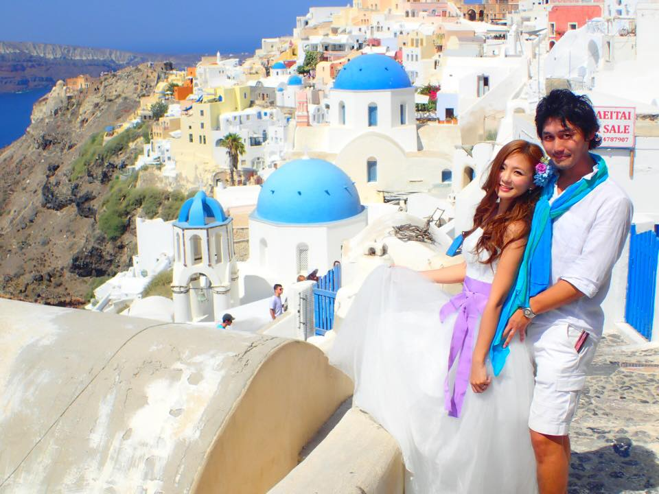 【ヨーロッパの旅の話】ーVol.88 Bridal photo in Santorini ー