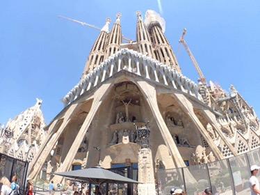 【ヨーロッパの旅の話】ーVol.82 遂に来ましたサクラダファミリア大聖堂ー