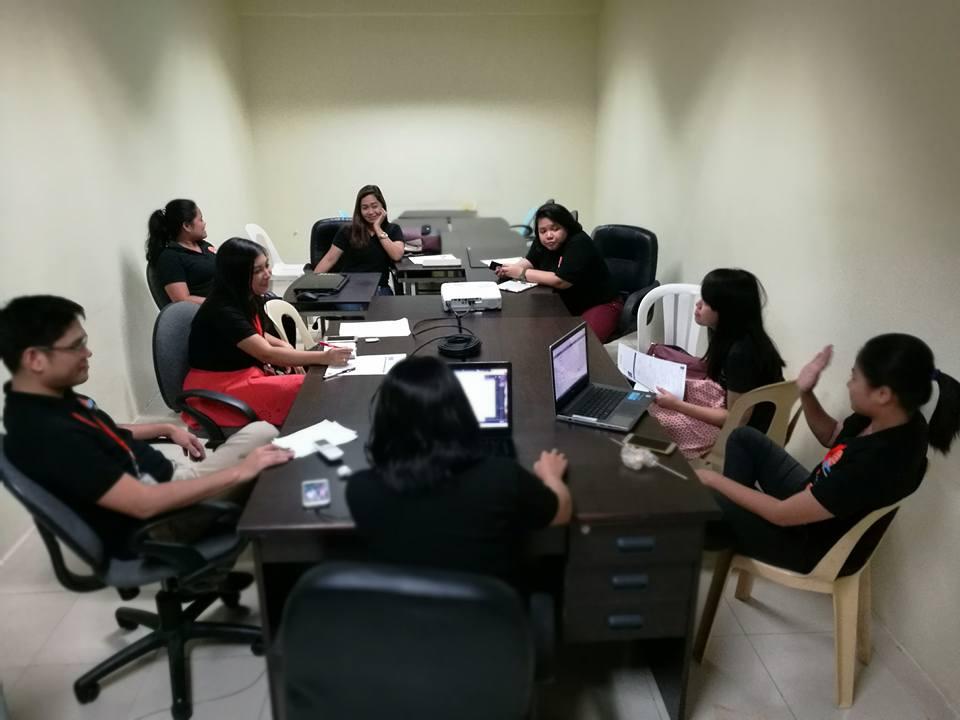 Vol.352 深夜までのフィリピン人マネジャーたちのミーティング